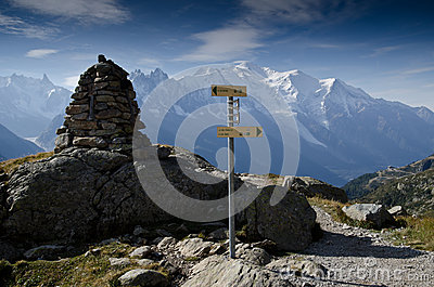 Tour de Mont Blanc trail signs Editorial Photography