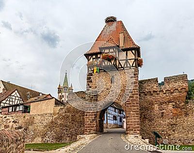 Tour de sorcières dans Chatenois, Alsace, France