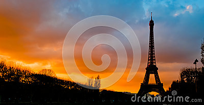 Tour Eiffel silhouette at sunset, Paris