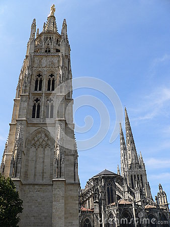 Tour Pey-Berland et cathedrale , Bordeaux (France)