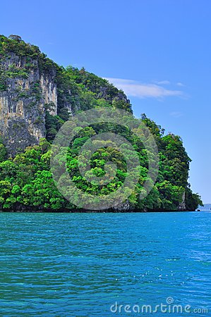 Tour to beautiful tropical island