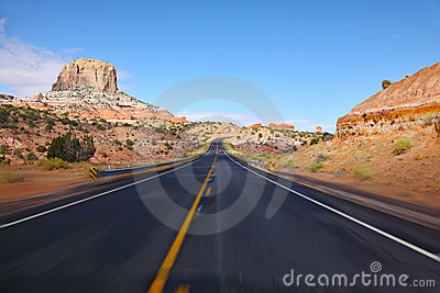 Tourism on high speed. The American highway