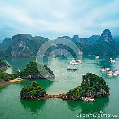 Free Tourist Junks At Ha Long Bay, South China Sea, Vietnam Stock Image - 38327311