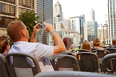 Tourist Takes Photos of Chicago Skyline From Bus Editorial Photo