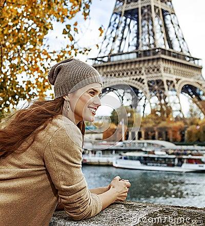Free Tourist Woman On Embankment In Paris, France Having Excursion Royalty Free Stock Photo - 97956265