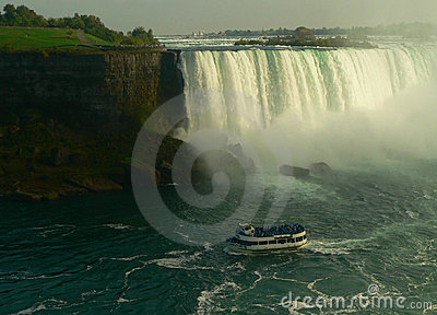 Touristic Boat at Niagara falls I