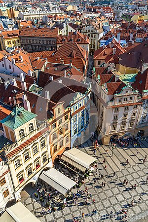Free Tourists And Locals On The Street In Prague Old Town Square Royalty Free Stock Photo - 151324965