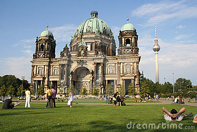 Tourists at Berlin cathedral