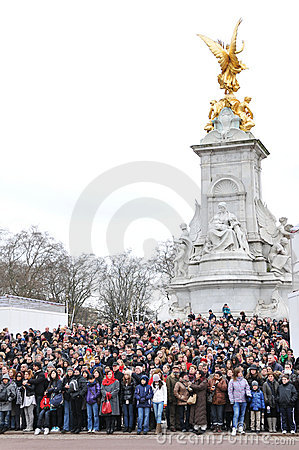Tourists at Buckingham Palace Editorial Stock Image