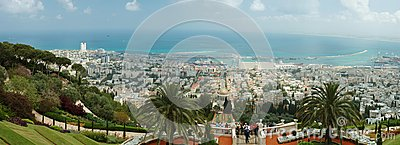 Tourists visit famous Bahai shrine,Haifa Editorial Stock Image