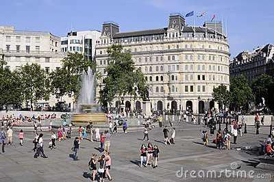 Tourists visiting trafalgar square london uk Editorial Stock Photo