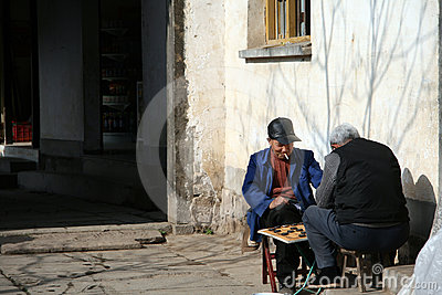 Tow old men, play chess Editorial Photography