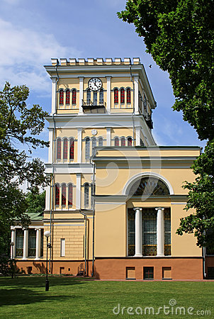 Free Tower At The Palace In Gomel Royalty Free Stock Image - 42398686