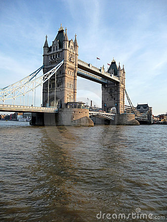 Tower Bridge Scene 4