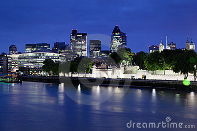 Tower of London and Modern Downtown England Editorial Stock Image
