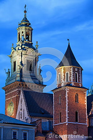 Free Towers Of The Wawel Royal Cathedral In Krakow By Night Royalty Free Stock Image - 55090786