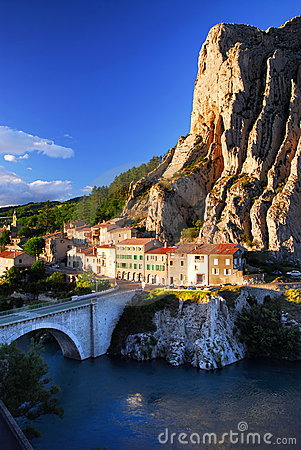 Free Town Of Sisteron In Provence France Royalty Free Stock Photos - 5182948