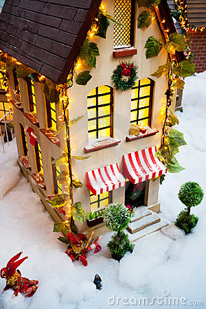 Toy Christmas house