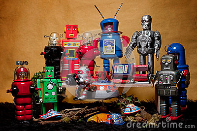 Toy Tin Robot Gathering 02