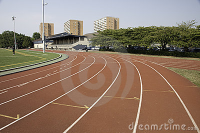 Track lanes close to a turn