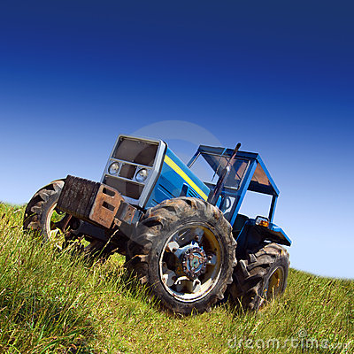 Free Tractor Stock Image - 10047811