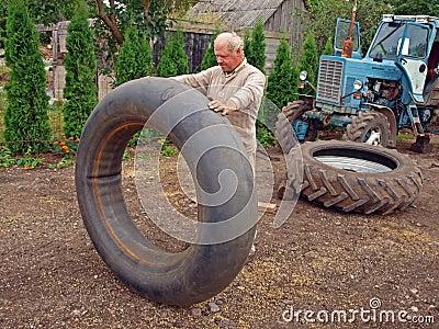 Tractor tyre repairing