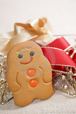 Free Tradition Smiling Gingerbread Men Stock Images - 10865284