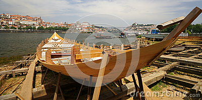 Traditional Boat Building Editorial Photo - Image: 32346836