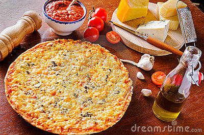 Traditional cheese pizza