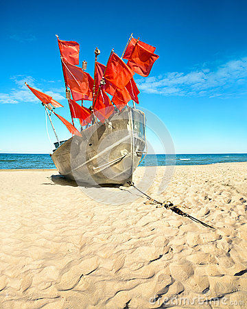 Free Traditional Fisherman Boat On A Sandy Shore Of The Baltic Sea Stock Photos - 54385953