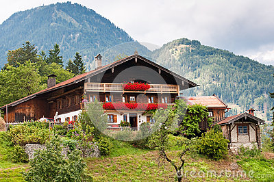 28 small traditional house design in tirol austria