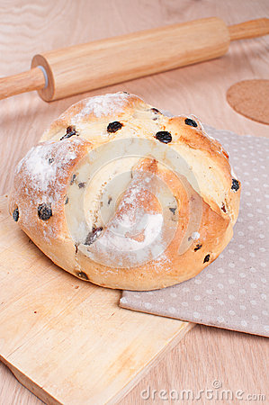 Traditional irish soda bread with raisins