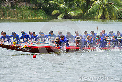 Traditional long boat racing koa toa huahin 2013 Editorial Image