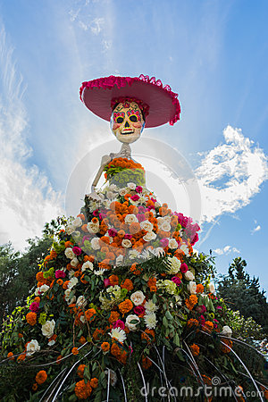 Free Traditional Mexican Catrina Skeleton At The 15th Annual Day Of Stock Photos - 46324083