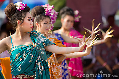 Traditional thai dancers Editorial Stock Photo