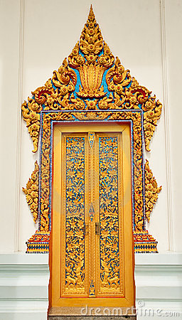 Free Traditional Thai Style Church Door Royalty Free Stock Photography - 10259187