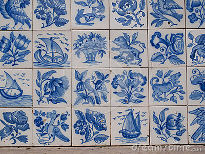 Traditional tiles with figures