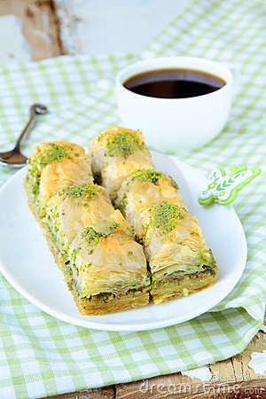 Traditional Turkish dessert - baklava with honey