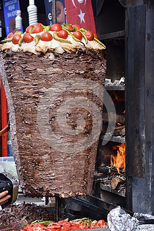 Free Traditional Turkish Doner Kebab Grill Stock Images - 101380264