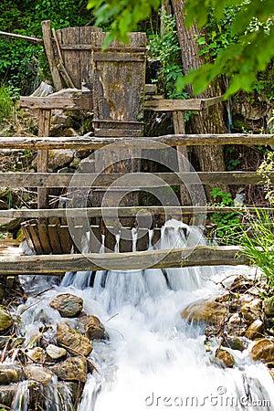 Traditional whirlpool