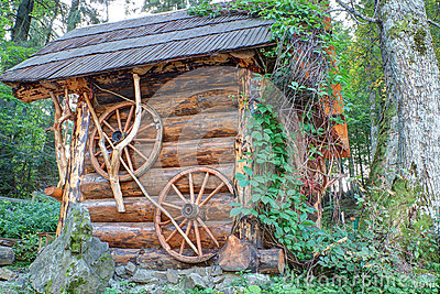 Traditional wooden house made ​​of logs.