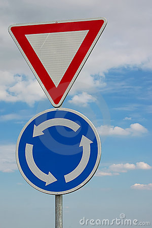 Free Traffic Circle / Priority Traffic Sign Royalty Free Stock Photography - 15242297
