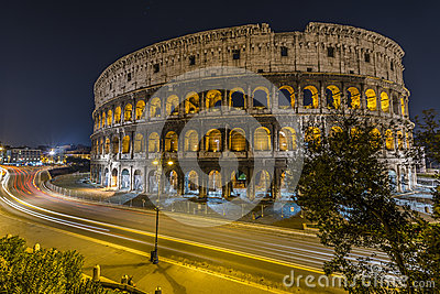 Traffic in front of Colosseum in Rome