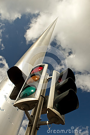 Traffic light and Dublin Spire