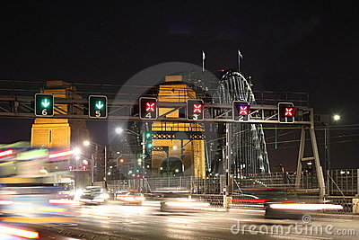 Traffic Sydney Harbour Bridge at night blur