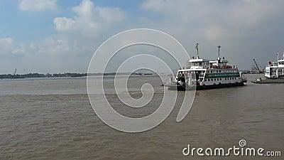 Traghetto di Cat Lai archivi video