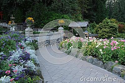 Trail to garden
