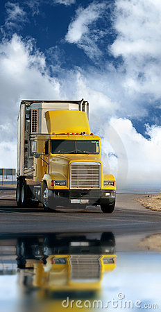 Free Trailer Freight Truck Stock Photos - 7189093