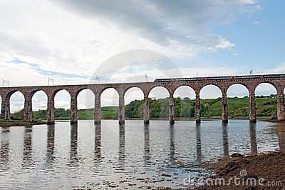 Train and berwick viaduct