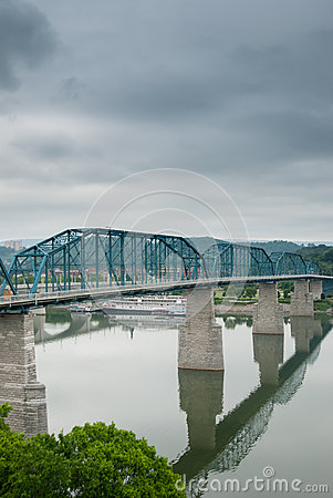 Free Train Bridge Spans Across The Tennessee River Stock Photography - 40762122